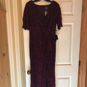 Full length formal dress NWT